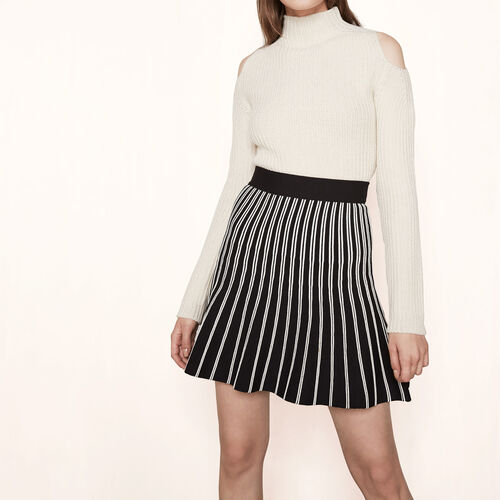 Two-tone striped knit skirt : Skirts & Shorts color Black 210