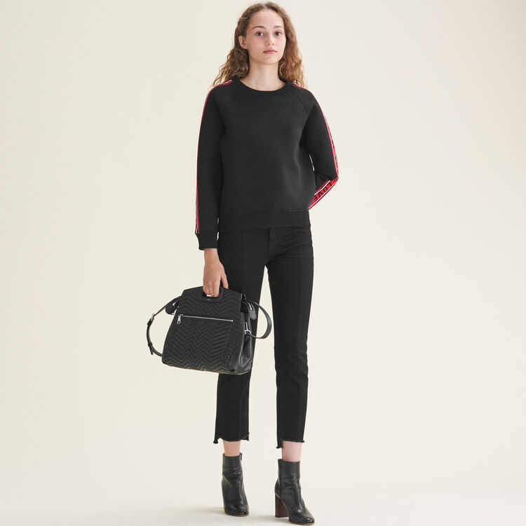 Quilted leather shoulder bag : Collection color Black 210