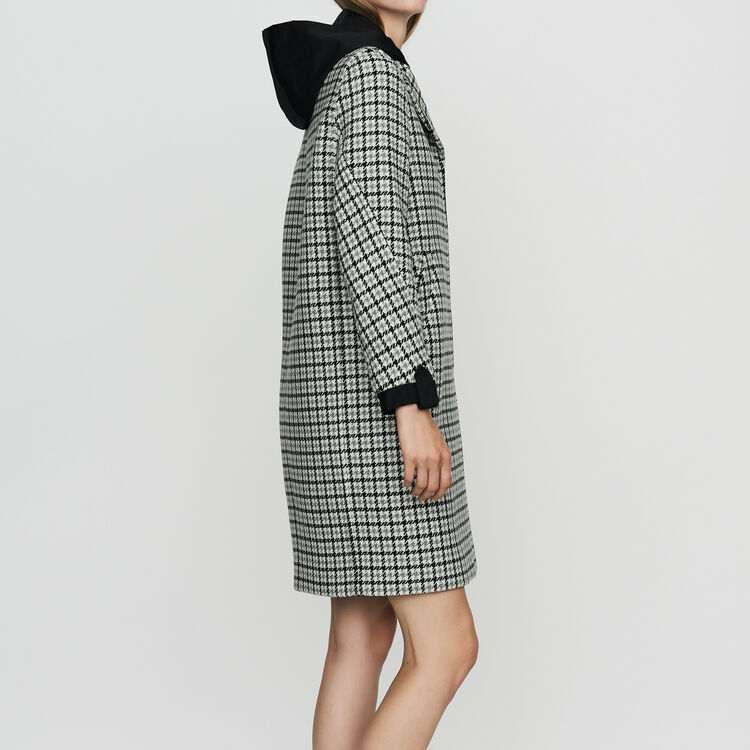 Straight fitted houndstooth print coat : Coats color CARREAUX