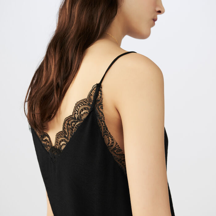 Crepe camisole with lace : Tops color Black 210