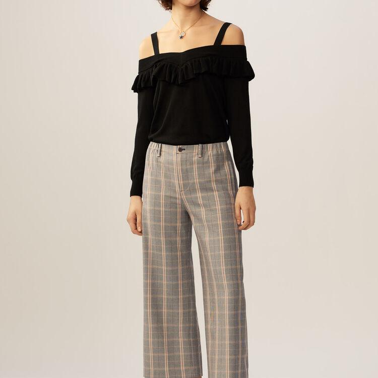 Fine-knit cold shoulder sweater top : Knitwear color Black 210