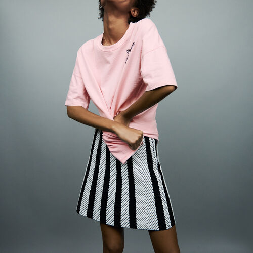Tee-shirt with embroidery : T-Shirts color Pink