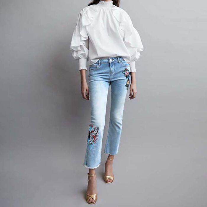 Embroidered flare jeans : Le denim color Denim
