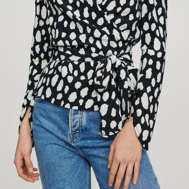 Printed wrap V-neck top : Tops & Shirts color Printed