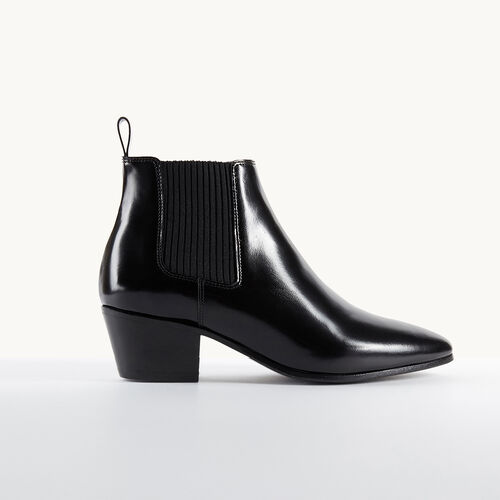 Glacé leather flat ankle boots : Accessories color Black 210