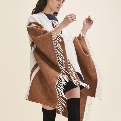 Two-tone fringed poncho : Scarves color Ecru