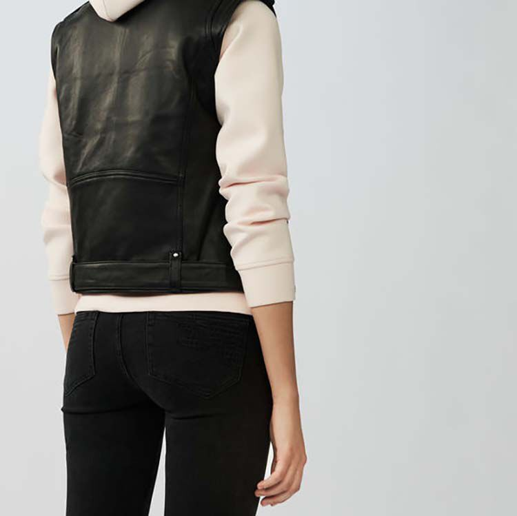 Sleeveless leather vest : Jackets color Black 210