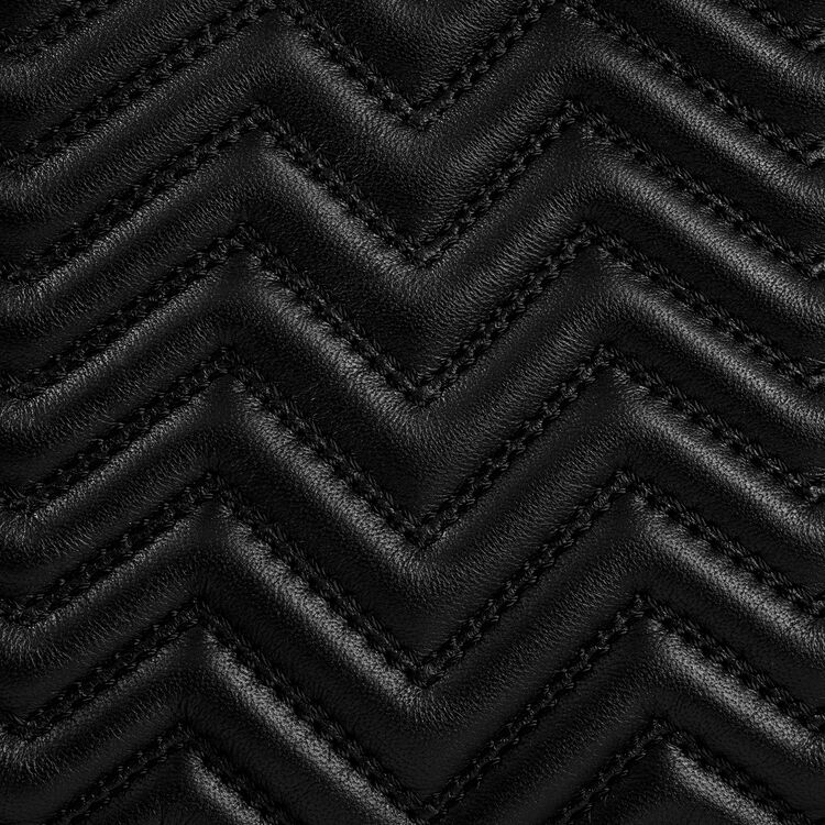 Quilted leather M bag : M bag color Black 210