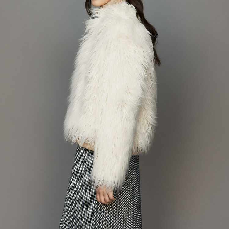 Cropped faux fur coat : Coats color ECRU