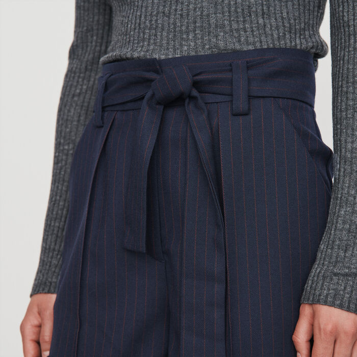 Belted shorts with tennis stripes : Skirts & Shorts color Navy