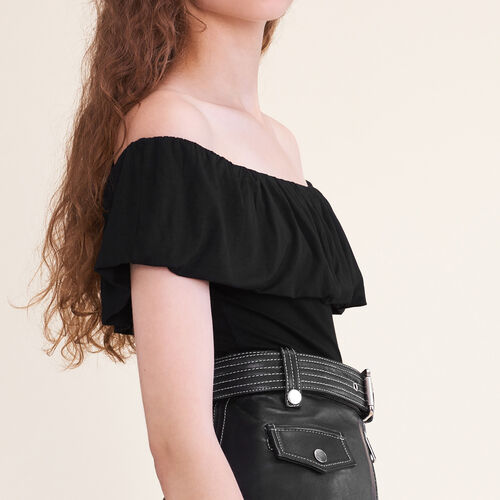 Sleeveless frilled body suit : T-shirts color Black 210