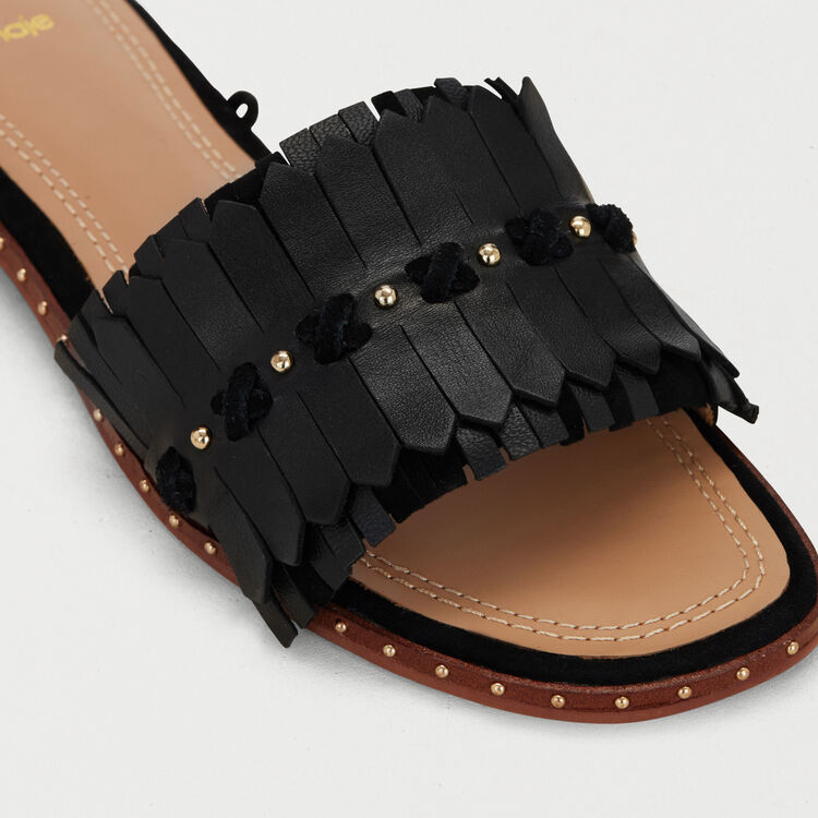 Flat sandals with ties in leather : Flat shoes color Black 210