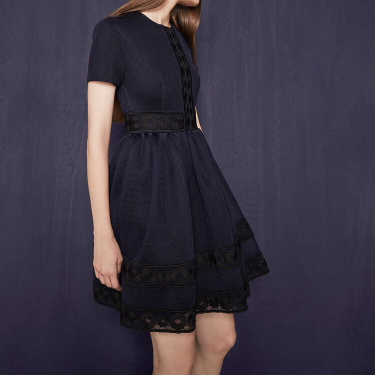 Basket knit dress with guipure : My best friend color