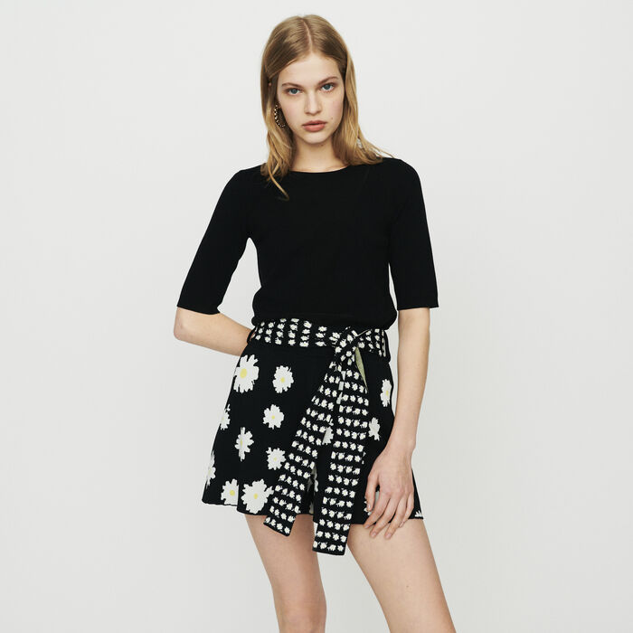 Short sleeved knit sweater : Knitwear color BLACK