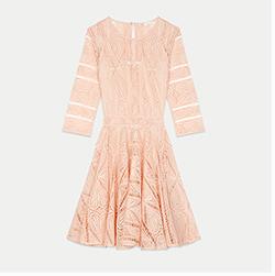 Short dress in guipure